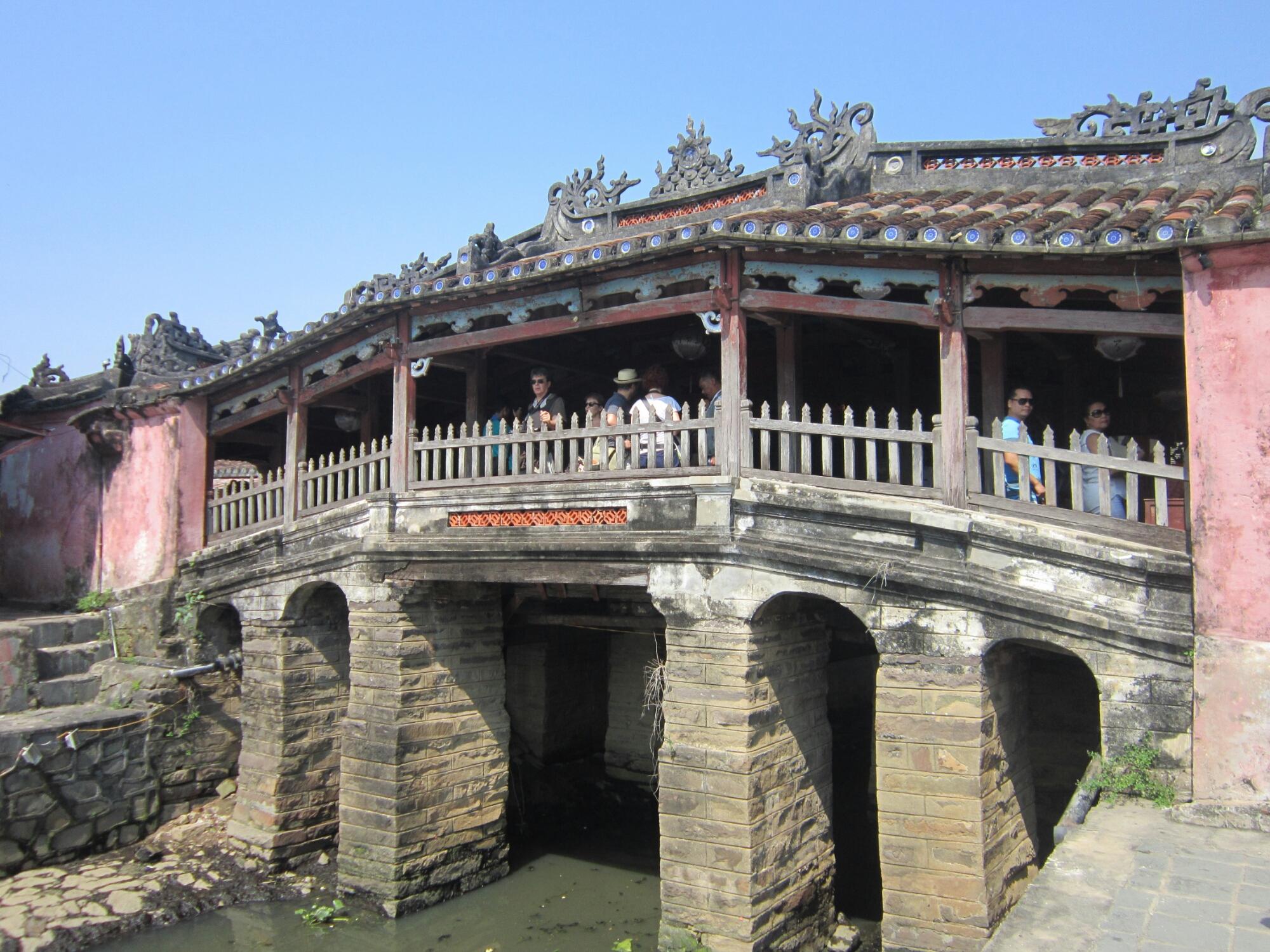 Japanese Bridge - photos of Hoi An