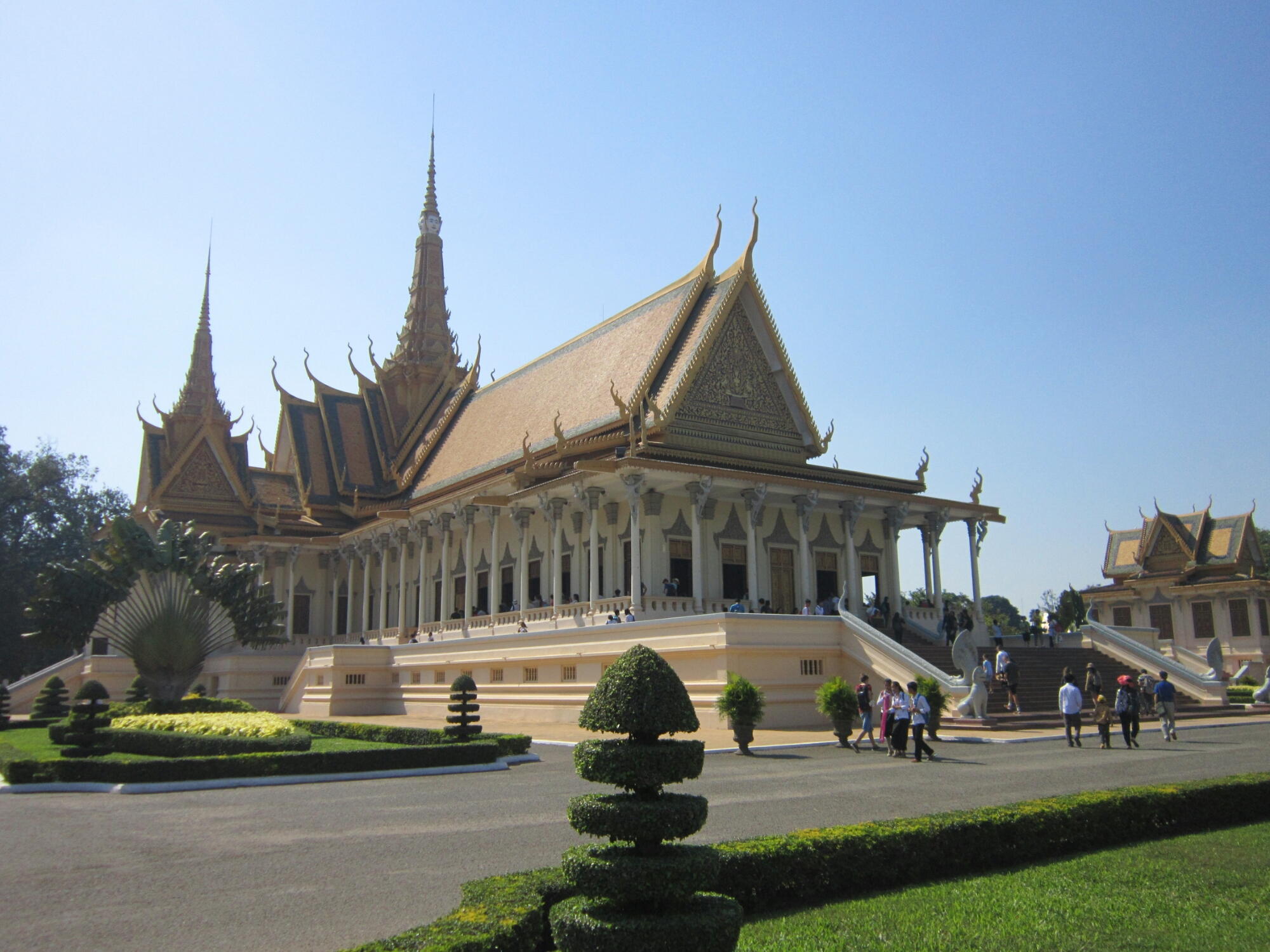 View of one of the buildings in the royal palace in Phnom Penh, Cambodia.