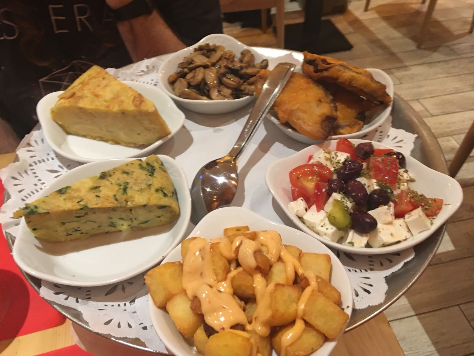 Things to do in Barcelona - Tapas selection
