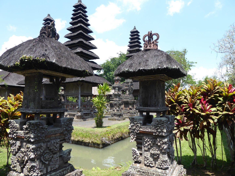 Tanah Lot and Taman Ayun | Bali - Exploring temples