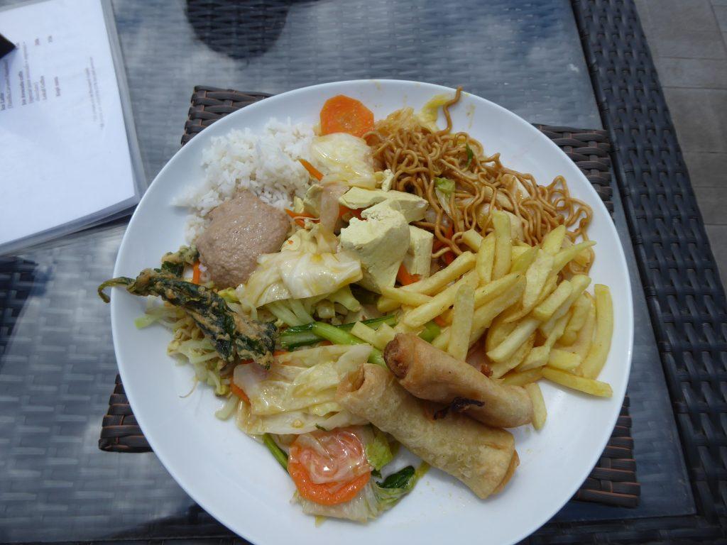 Plate of food on tour of Ubud area (Backpacking Ubud guide)