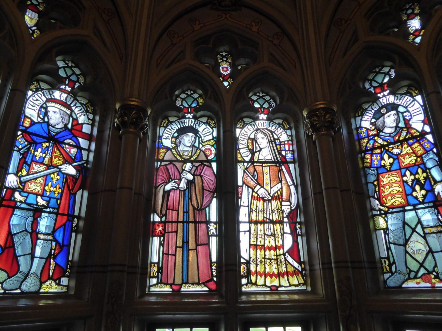 Stain glass windows in the apartments. Featuring figures from British history.