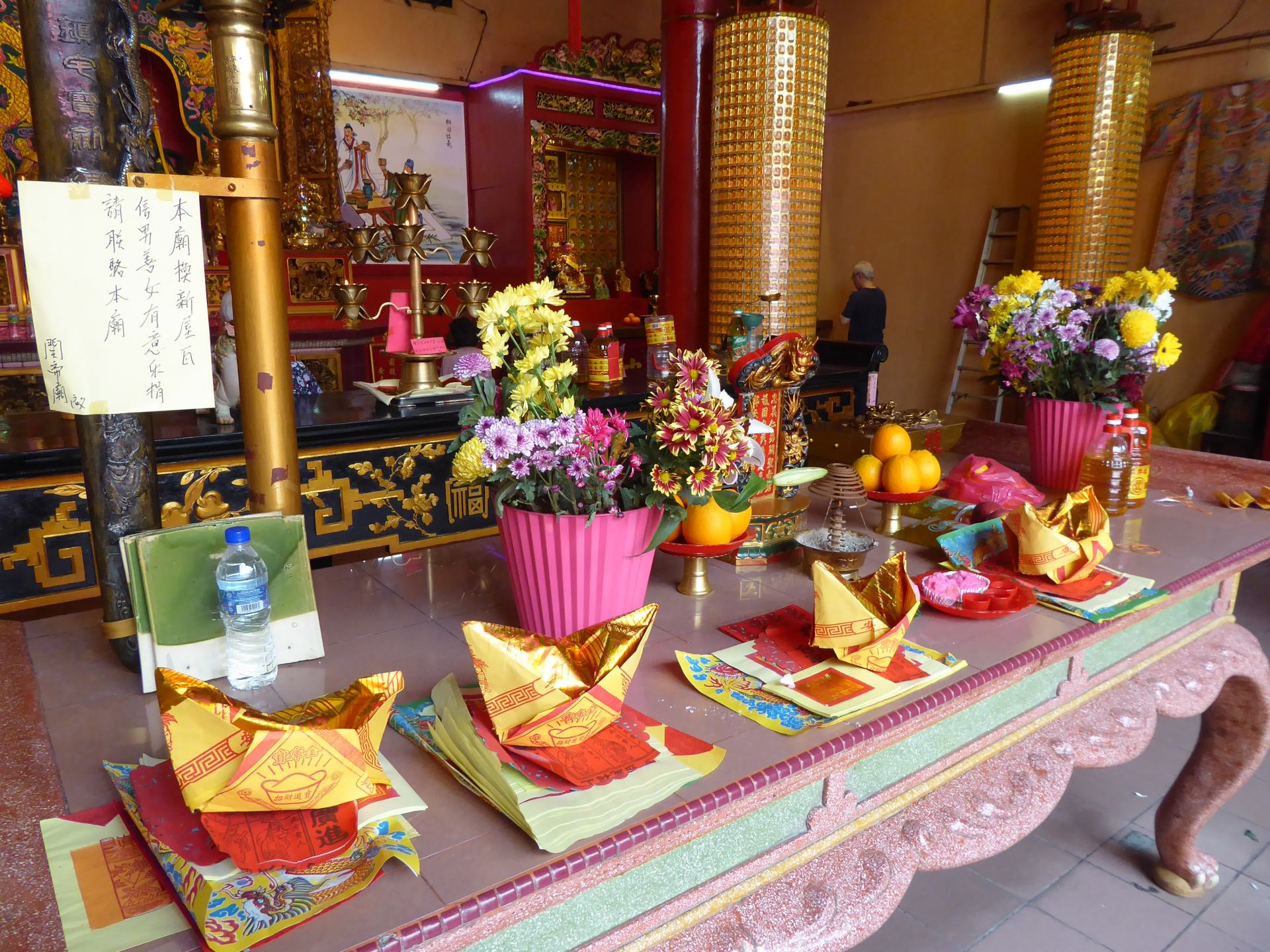 Showing some of the decorations inside Guan Di Temple in China town, Kuala Lumpur